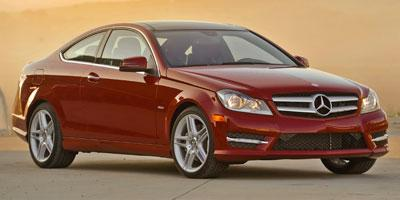 http://images.autotrader.com/pictures/model_info/NVD_Fleet_US_EN/All/14365.jpg