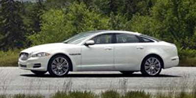 http://images.autotrader.com/pictures/model_info/NVD_Fleet_US_EN/All/15163.jpg