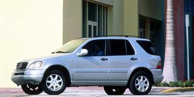 http://images.autotrader.com/pictures/model_info/NVD_Fleet_US_EN/All/3740.jpg