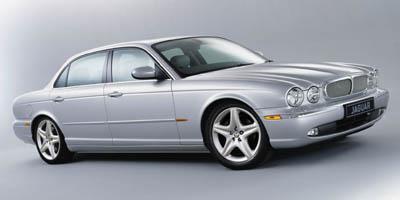 http://images.autotrader.com/pictures/model_info/NVD_Fleet_US_EN/All/4942.jpg