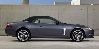 http://images.autotrader.com/pictures/model_info/NVD_Fleet_US_EN/All/9457.jpg