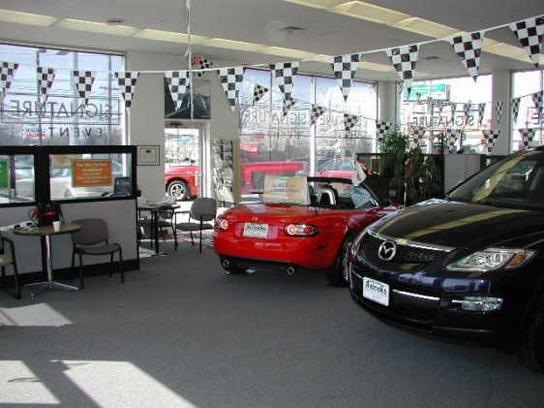 reineke nissan mazda lima oh 45805 car dealership and auto financing autotrader. Black Bedroom Furniture Sets. Home Design Ideas