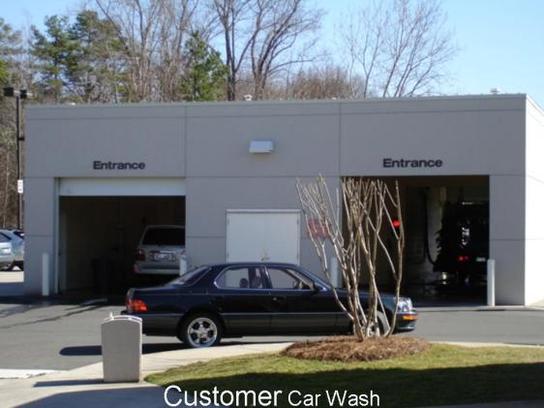 Lexus Dealers In Nc >> Hendrick Lexus : Charlotte, NC 28212 Car Dealership, and ...