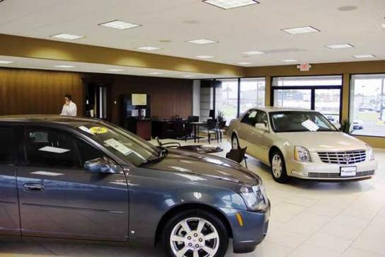 Mclaughlin motors moline il 61265 car dealership and for Mclaughlin motors used cars