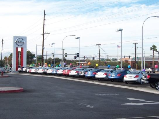 United Nissan Las Vegas >> United Nissan : Las Vegas, NV 89104-4304 Car Dealership