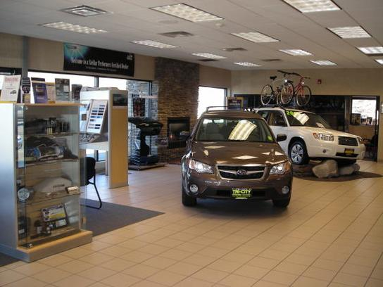 Tri city subaru somersworth nh 03878 car dealership for Tri city motor sales