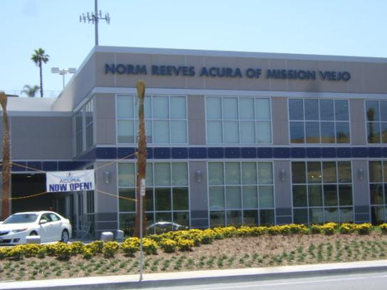 Norm Reeves Acura of Mission Viejo 2