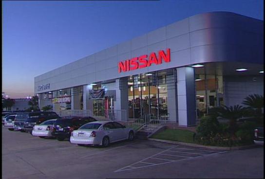 Houston Nissan Dealerships >> David Mcdavid Nissan Houston Tx 77034 Car Dealership And Auto