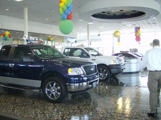 town country ford car dealership in charlotte nc 28212 kelley blue book. Black Bedroom Furniture Sets. Home Design Ideas