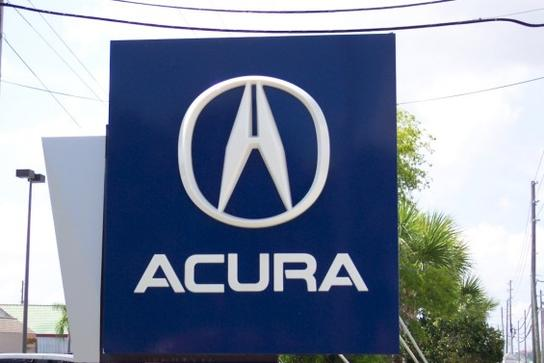 Crown Acura 2