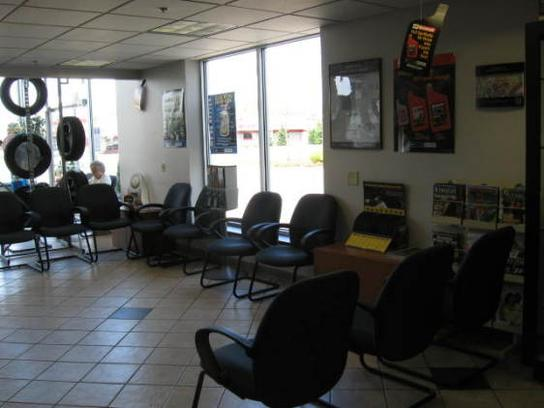 Gordie Boucher Ford >> Gordie Boucher Ford Lincoln of West Bend : West Bend, WI 53095 Car Dealership, and Auto ...