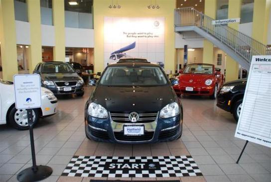 Hatfield Volkswagen car dealership in Columbus, OH 43228 ...