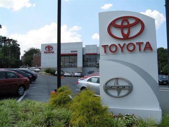 Toyota Arlington Va >> Koons Arlington Toyota : Arlington, VA 22207 Car