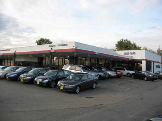 Car dealers elgin 9000