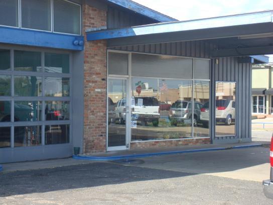 jim whitley motors inc car dealership in bryan tx 77802 kelley blue book. Black Bedroom Furniture Sets. Home Design Ideas