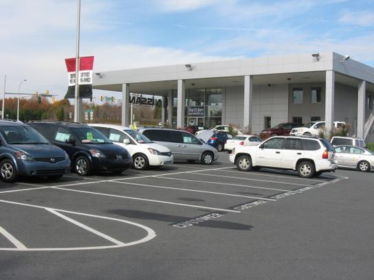 Modern nissan new nissan dealership in nc 27105 autos post for Honda dealership winston salem
