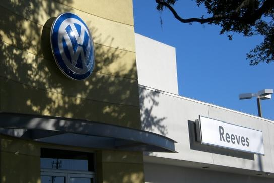 Reeves Volkswagen Tampa Fl 33612 Car Dealership And Auto Financing Autotrader