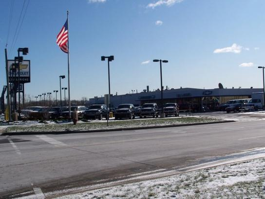 Lou Lariche Chevrolet Car Dealership In Plymouth Mi 48170