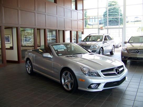Mercedes benz of rochester rochester mi 48307 car for Rochester mercedes benz