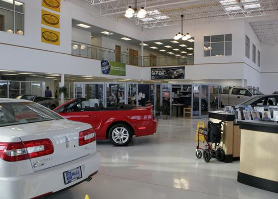 Willmar Chrysler Dodge Ford Jeep Lincoln Ram Dealer
