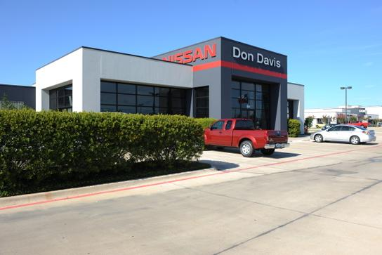 don davis nissan arlington tx 76018 car dealership and auto financing autotrader. Black Bedroom Furniture Sets. Home Design Ideas