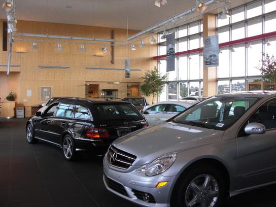 Autobahn motors car dealership in belmont ca 94002 for Mercedes benz belmont