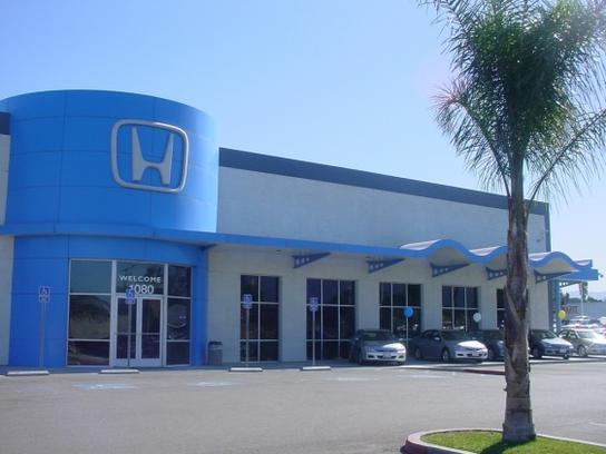 Honda cars of corona car dealership in corona ca 92882 for Honda corona service