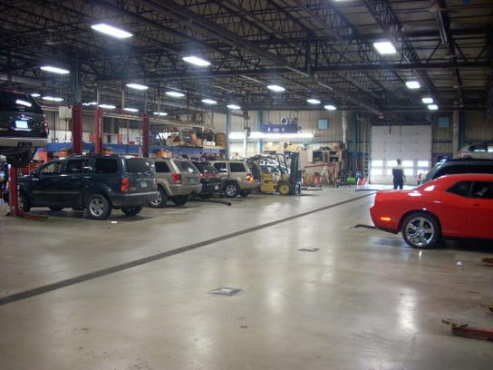 New used chrysler dodge jeep ram dealer adamson motors for Adamson motors used cars