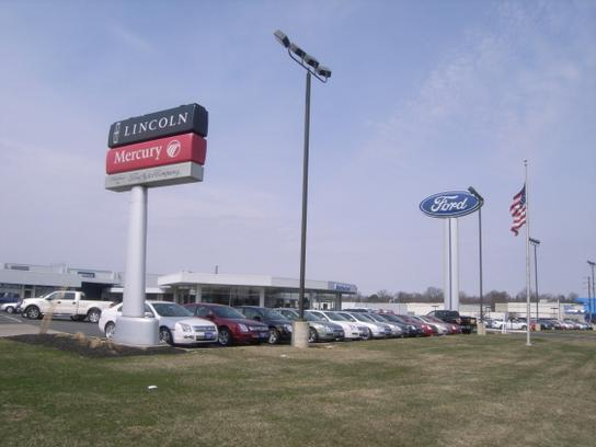Ford Dealers In Delaware >> Mathews Ford : Marion, OH 43302 Car Dealership, and Auto Financing - Autotrader
