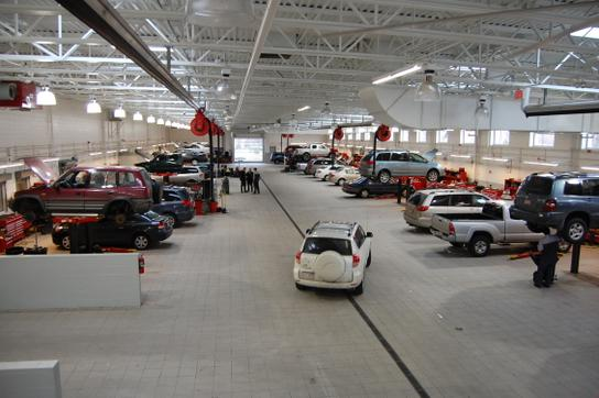 Acton Toyota Service >> Acton Toyota : Littleton, MA 01460-1936 Car Dealership, and Auto Financing - Autotrader