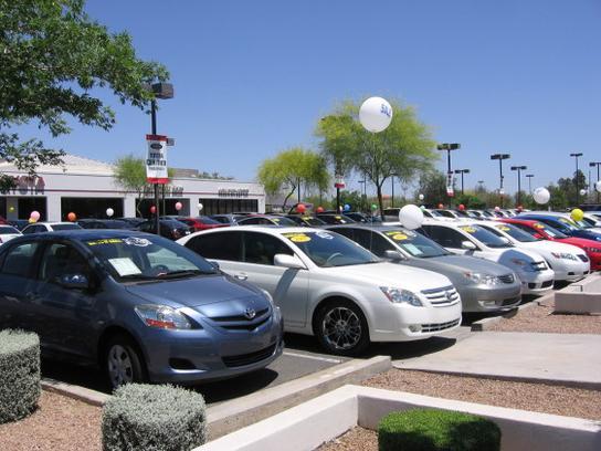 Buying A Dealership Loaner Car