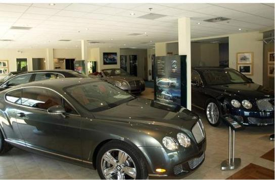 land rover sudbury and jaguar sudbury a herb chambers company sudbury ma 01776 car dealership. Black Bedroom Furniture Sets. Home Design Ideas