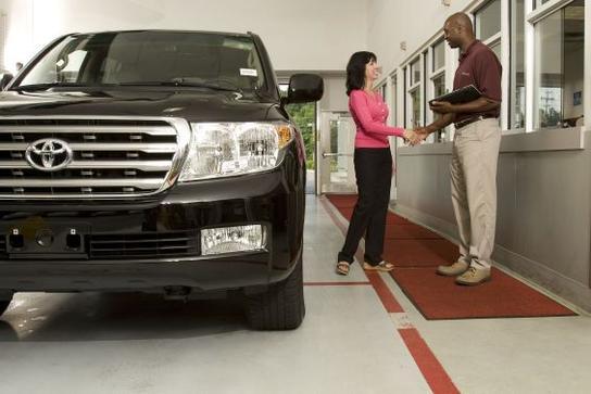 rice toyota greensboro nc 27408 4026 car dealership autos post. Black Bedroom Furniture Sets. Home Design Ideas