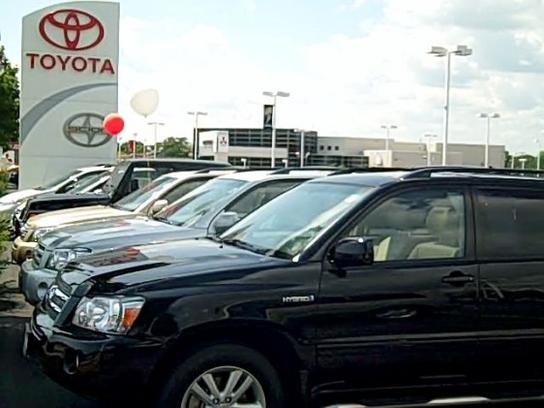 new used toyota cars milwaukee wi don jacobs toyota. Black Bedroom Furniture Sets. Home Design Ideas