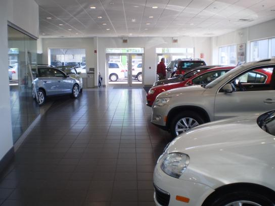 The Autobarn Volkswagen Of Evanston Car Dealership In