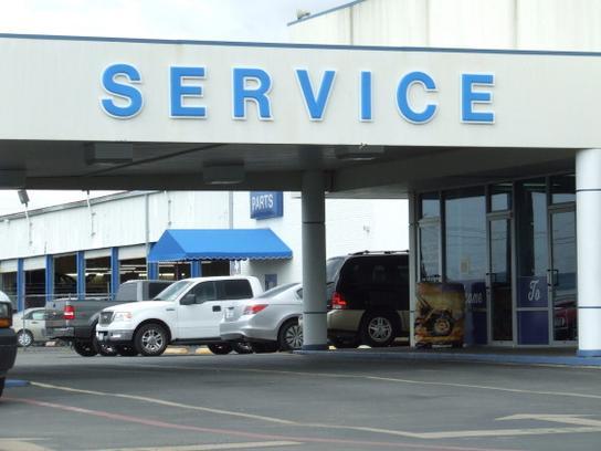 Autonation Ford Burleson >> AutoNation Ford Burleson car dealership in Burleson, TX 76028 - Kelley Blue Book