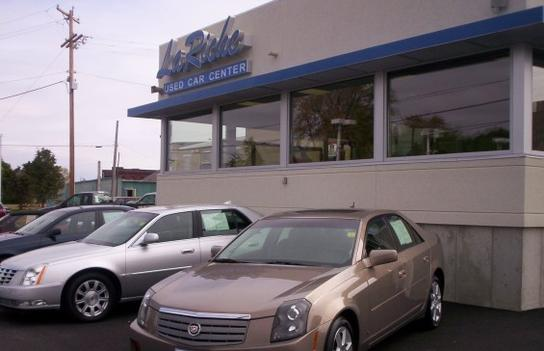 LaRiche Chevrolet Cadillac car dealership in Findlay, OH ...