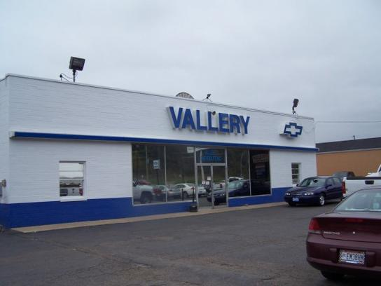 Hometown Chevrolet : Waverly, OH 45690 Car Dealership, And