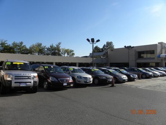 Rosenthal fairfax honda fairfax va 22030 car dealership for Honda dealership hours