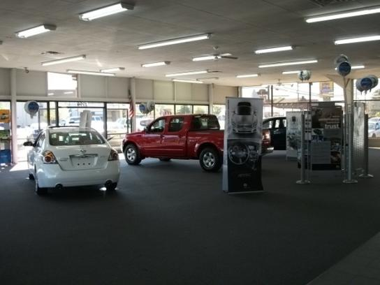 Simmon S Nissan Car Dealership In Mount Airy Nc 27030