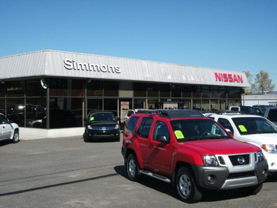 Simmon S Nissan Mount Airy Nc 27030 Car Dealership And