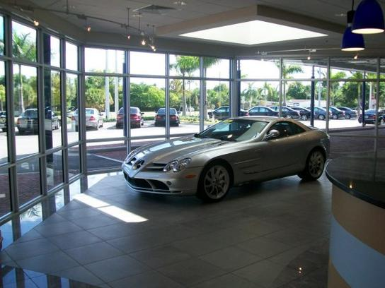 Mercedes benz of north palm beach car dealership in north for Palm beach mercedes benz