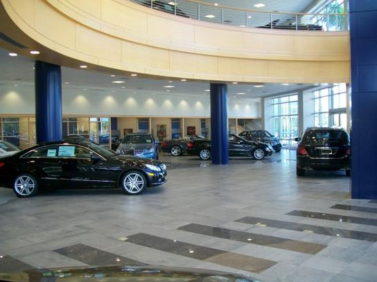 Mercedes benz of north palm beach car dealership in north for Mercedes benz dealers in florida