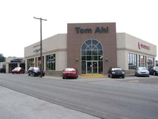 tom ahl family of dealerships chrysler dodge jeep ram lima oh 45805 car dealership and. Black Bedroom Furniture Sets. Home Design Ideas