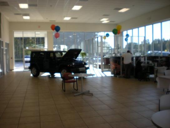 John Hiester Chrysler Dodge Jeep : Lillington, NC 27546 ...