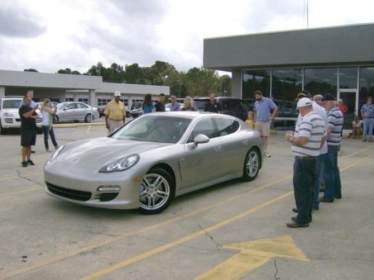 Mercedes benz of fayetteville car dealership in for Mercedes benz fayetteville