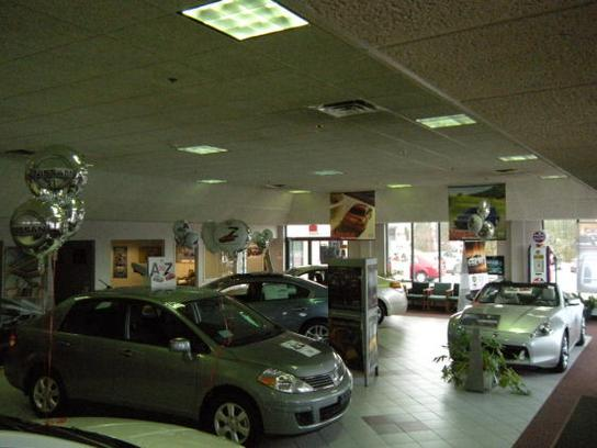 Balise Nissan of West Springfield 3