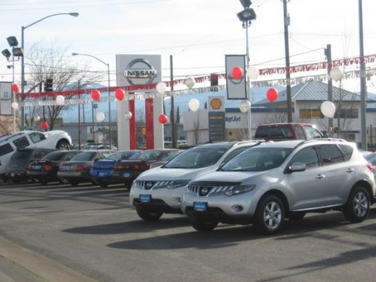 Used cars in medford or lithia nissan of medford for Lithia motors klamath falls
