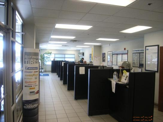 Long Lewis Ford >> LONG LEWIS FORD LINCOLN : Hoover, AL 35244-3533 Car Dealership, and Auto Financing - Autotrader