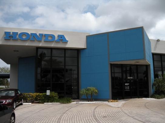 hendrick honda pompano beach pompano beach fl 33064 7005 car dealership and auto financing. Black Bedroom Furniture Sets. Home Design Ideas